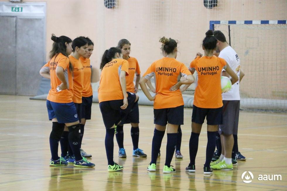 EUG 2016: futsal feminino arranca com derrota; voleibol tenta 'quartos'