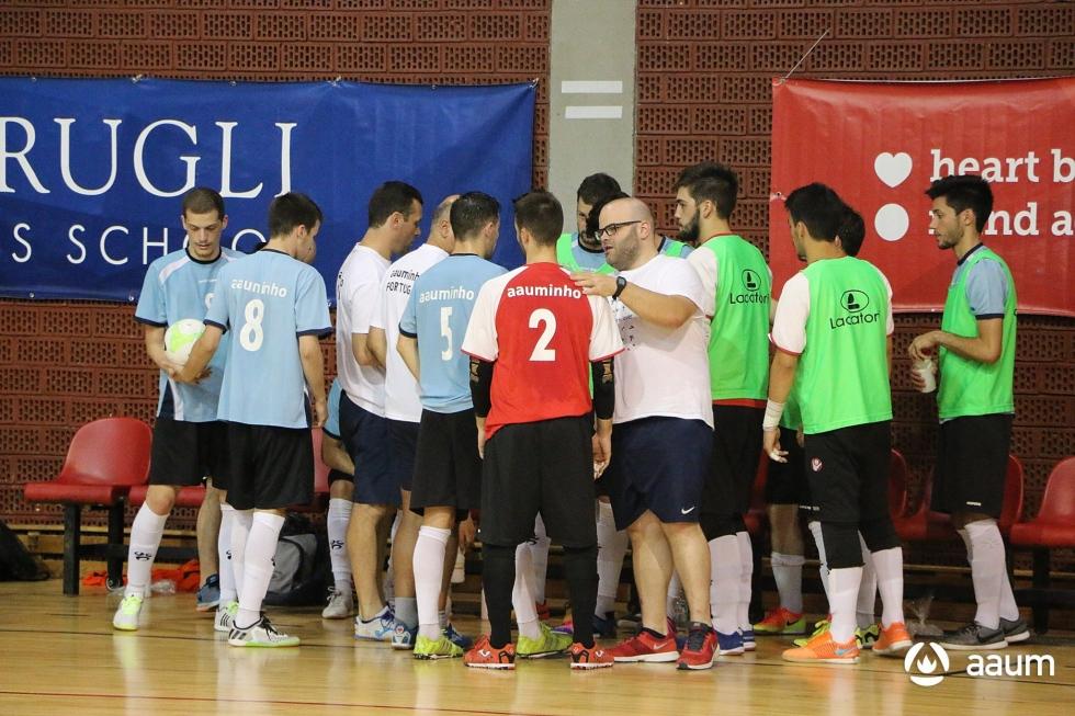 EUG 2016: futsal da AAUMinho nas 'meias' após duelo luso!